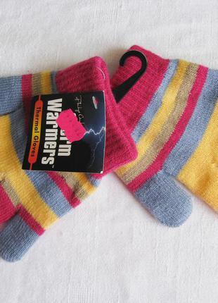 Яркие разноцветные перчатки на девочку от storm warmers. новые!