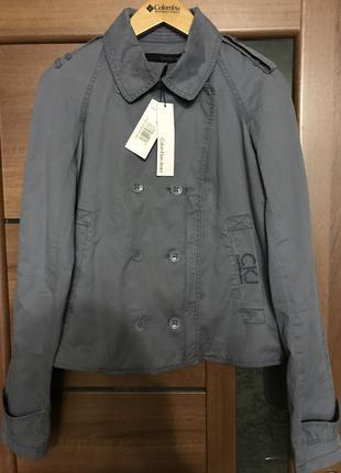 Куртка calvin klein jeans новая