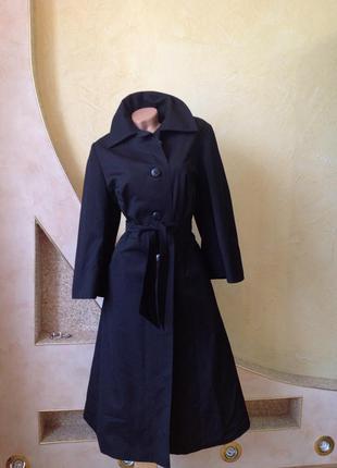 Черное демисезонное пальто плащ миди с пышной юбкой в винтажном стиле