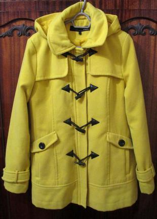 Желтое демисезонное пальто с капюшоном от next 14 размер