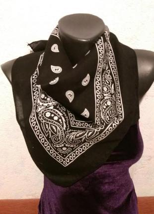 Черная бандана,шейный платок,55*51см
