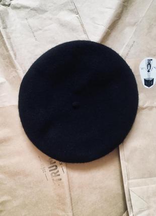 Универсальный чёрный берет 100% шерсть