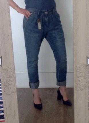 Легкие стильные джинсы мом dkny. оригинал. s/m. высокая посадка