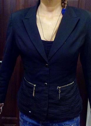Стильные офисные пиджаки