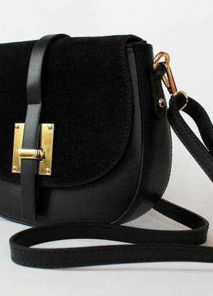 Седельная черная итальянская кожаная сумка (натуральная кожа/замша), италия