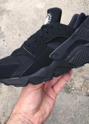Кроссовки nike air huarache черные 40 размер 25.5 фактическая длина стельки.