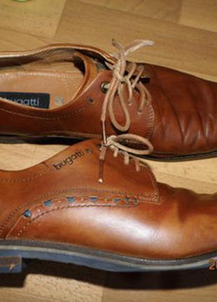 Фирменные кожаные туфли 45 р bugatti