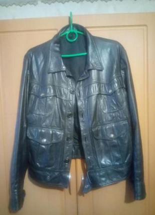 Кожаная мужская укороченная куртка