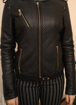 Теплая куртка кожзам из reserved