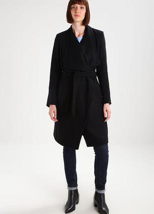 Актуальное пальто\халат  качественного европейского бренда kiomi