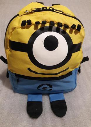 Классный рюкзак миньон !!!