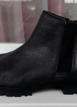 Стильные кожаные ботинки-челси tamaris.
