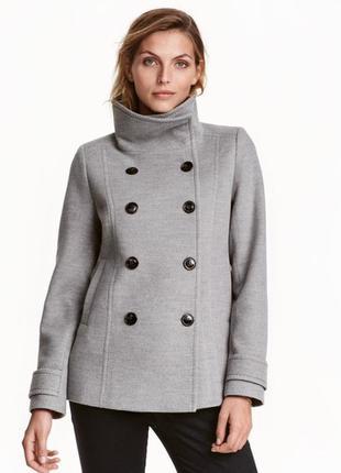 Оригинальное фирмовое  пальто как новое демисезон  (см.замеры)