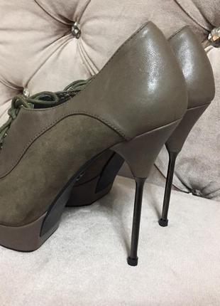 Туфли, ботильоны queen на стальной шпильке есть нюансы