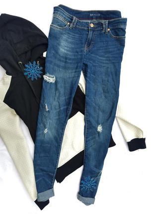 Стильные бойфренд джинсы