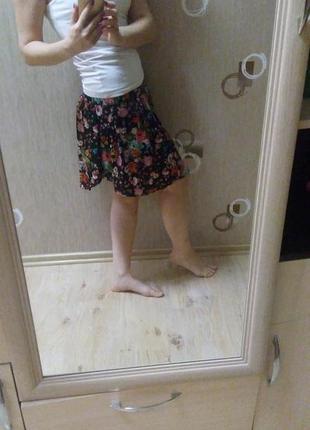 Стильная юбка-шорты от colins