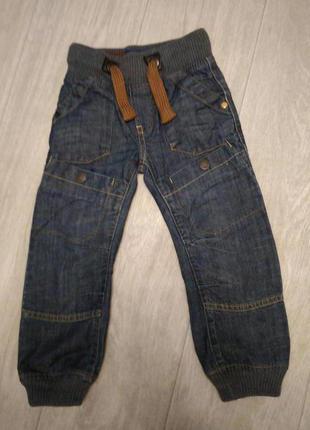 Качественные джинсы, плотные с трикотажной резинкой р.104 +