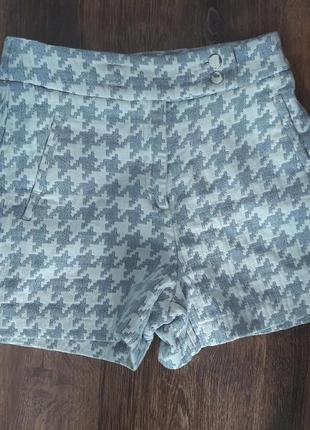 Модные шорты на высокой посадке zara