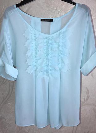 Блуза нежного голубого цвета