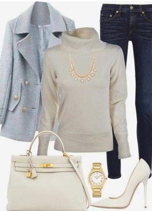 Легкий свитерок -гольфик молочного цвета