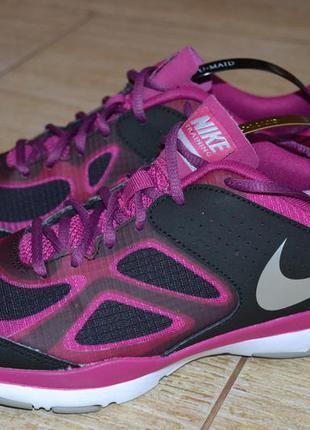 Nike training 38р кроссовки оригинал , для бега, фитнеса. женские.