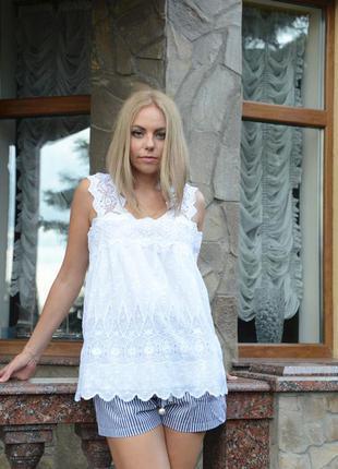 Белая ажурная блуза топ