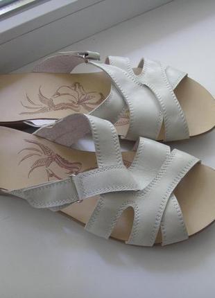 Кожаные женские шлепанцы фирмы vero comfort,38 р