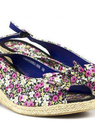Стильные босоножки туфли шлепанцы на платформе плато plato 39р-р на 24.5-25см
