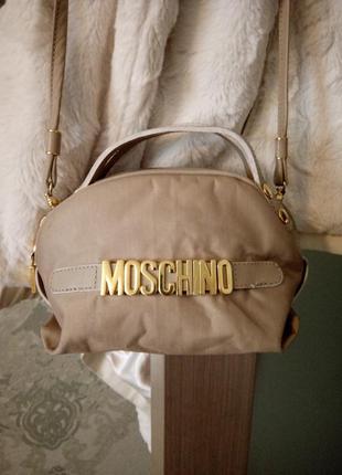 Роскошная маленькая сумочка moshino