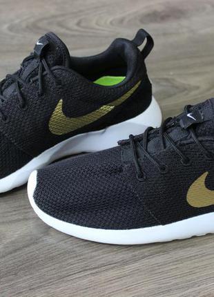 Nike Roshe Run Acheter Un 600 Usd
