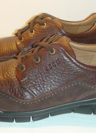 Ecco- шкіряні туфлі-кросівки.  р - 45.