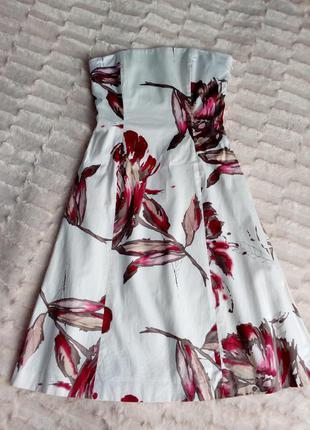Белое нарядное платье бюстье