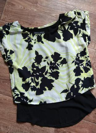 Красивая блуза от  dorothy perkins.