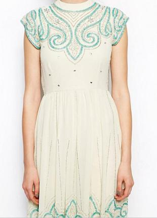 Frock and frill нежное кремовое расшитое бисером и пайетками платье