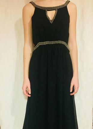 Черное платье с бисером