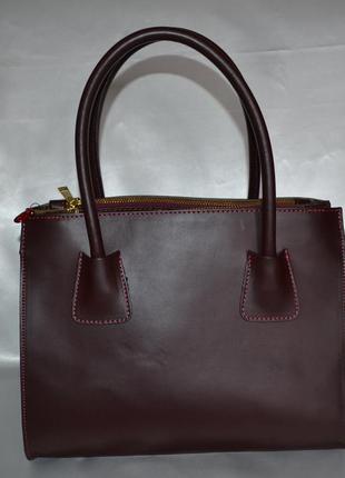 Красивая бордовая кожаная сумка varese