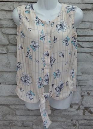 Красивая блуза бежевого цвета в цветочный принт mysty woman