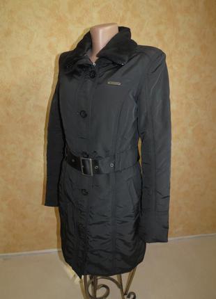 Демисезонное пальто reebok. xs\s