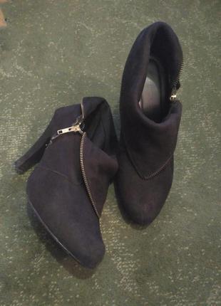 Черевики ботильйони полусапоги туфлі замш