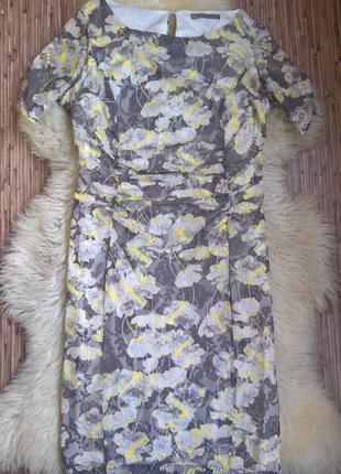Кружевное платье marks &spencer.