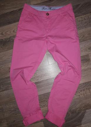 Фирменные яркие брюки