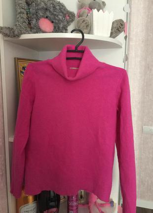 Мягкий свитер benetton (100%шерсть)