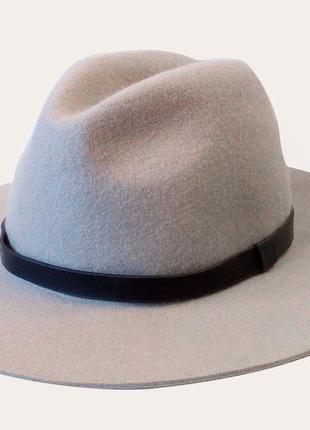 Широкополая шляпа федора широкие поля серая