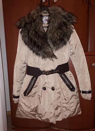 Отличная зимняя куртка stradivarius
