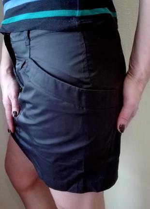 Стильная атласная юбка с карманами sela размер м, офис, школа3