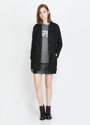 Стильное меланжевое пальтишко на пуговицах с кожаными вставками