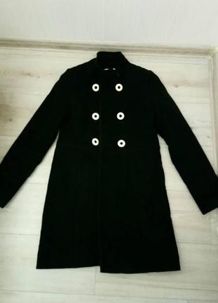 Черное велюровое пальто промод