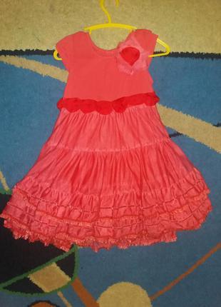 Красивое нарядное платье rocha для вашей куколки. 104 рост