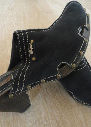 ботинки трекинговые женские 9