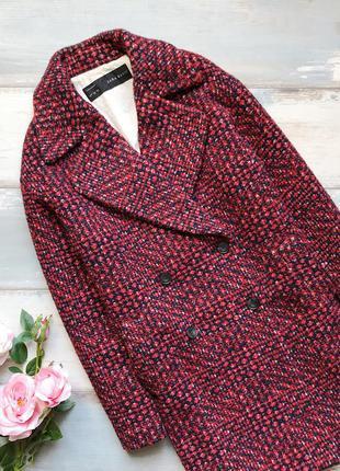 Красное твидовое оверсайз пальто zara